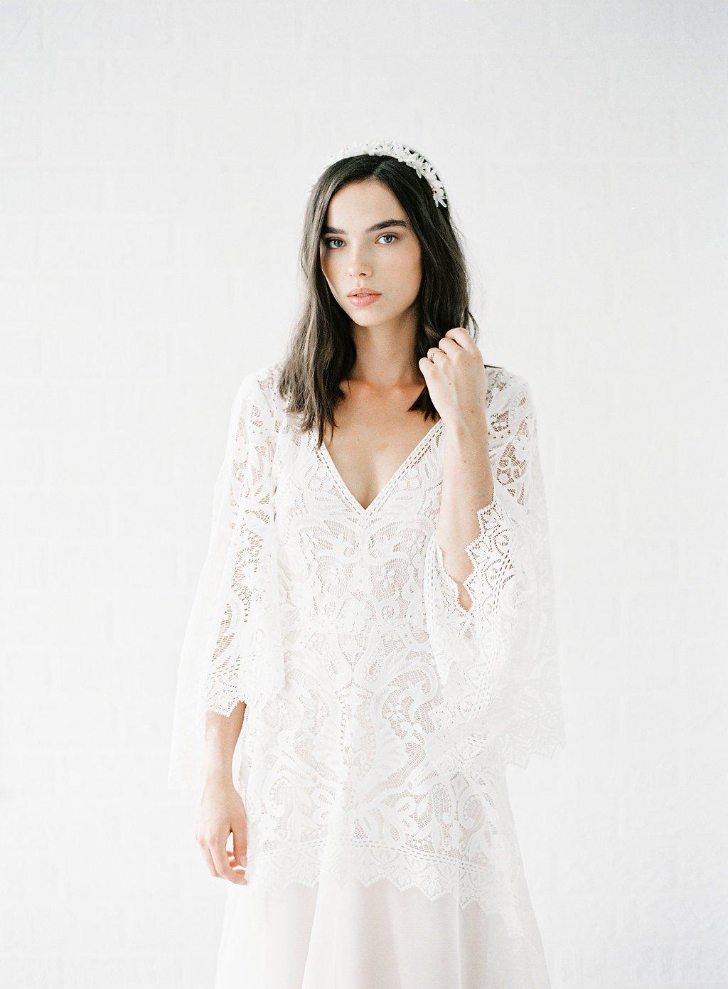 81ff98701374 Moderne brudekjoler i boheme stil