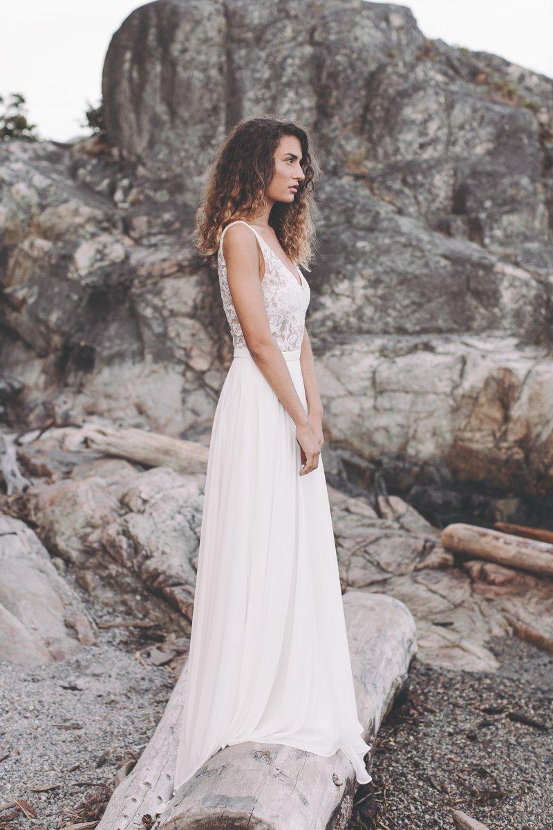 fa6c385c De utraditionelle brudekjoler fra Light & Lace koster mellem 16.000,- og  19.000,-